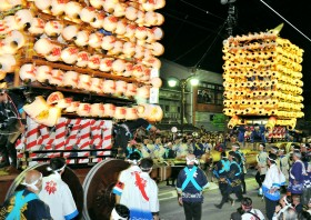 "Fushiki Hikiyama Festival ""Kenkayama-Fighting Floats""Photo"
