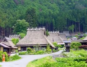 美山かやぶきの里(重要伝統的建造物群保存地区)写真