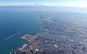 伏木富山港航空写真