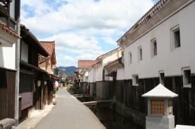 倉吉市白壁土蔵群(山陰の小京都)写真